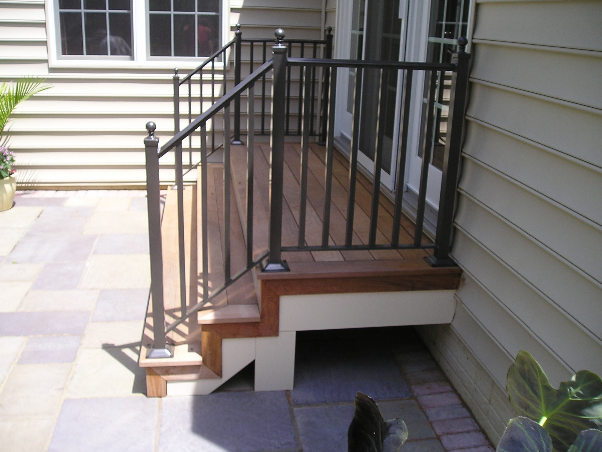 Ipe Stair with Metal Rail