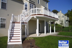 Deck with Colonial Pickets